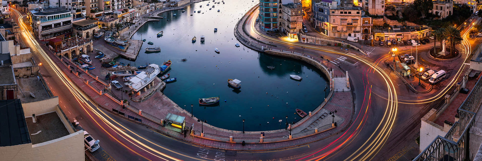 Aerial-View-on-Saint-Julien-and-Spinola-Bay-at-Dawn-000057443548_XXXLarge